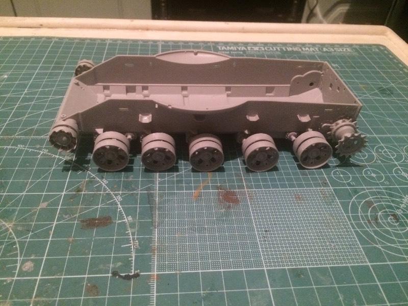 TRUMPETER T-62 Mod 1972  1/35 B23522f8d040