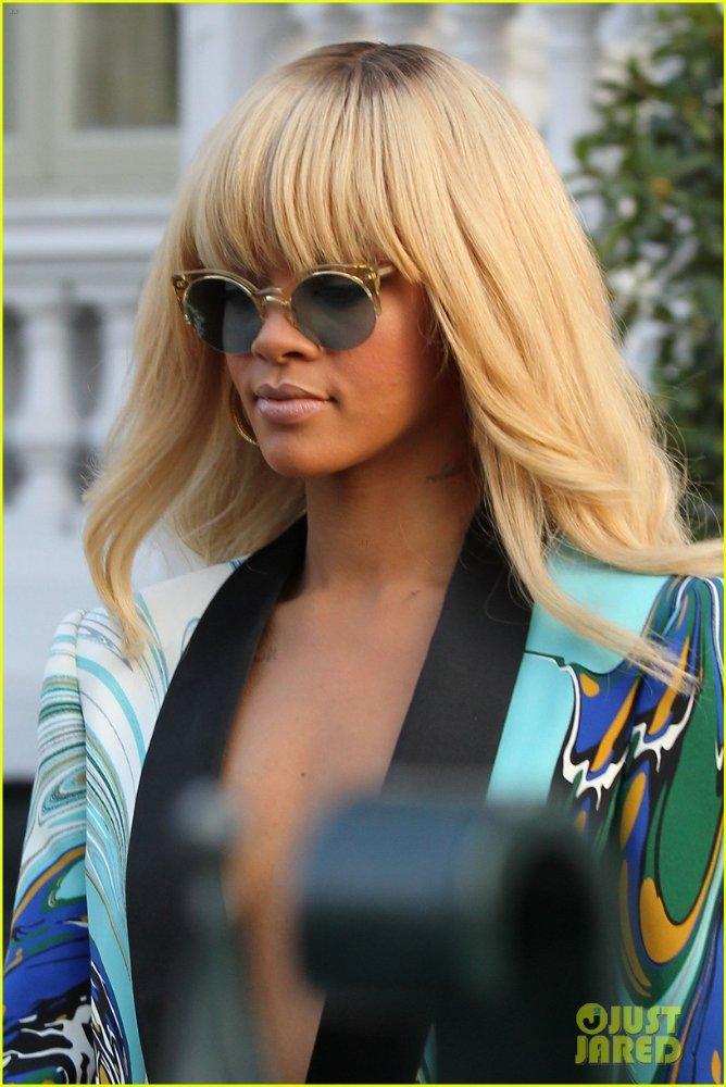 Rihanna  - Страница 5 D145a7fc42c9