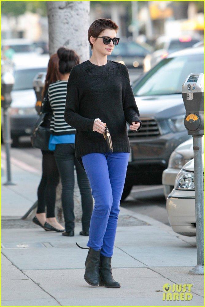 Anne Hathaway/Энн Хэтэуэй - Страница 3 32eb84d071fd