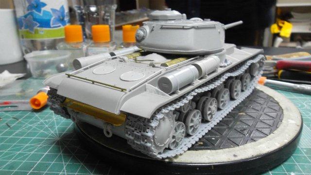 КВ-85, 1/35, (Восточный Экспресс 35102). A8d58b57458c
