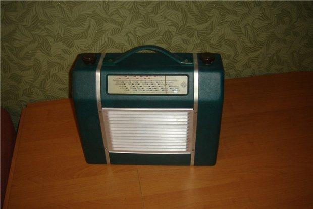Старое радио C2ad06ae5dfa