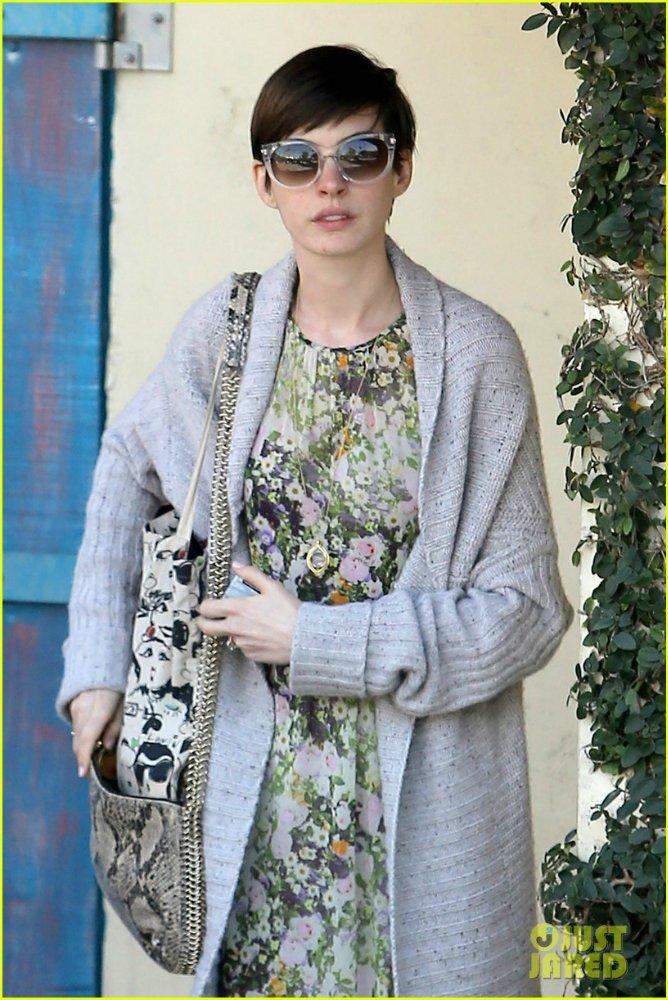 Anne Hathaway/Энн Хэтэуэй - Страница 8 899754cb7cc8