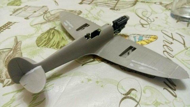 Spitfire Mk.IXc 1/48 ICM Da970016a259