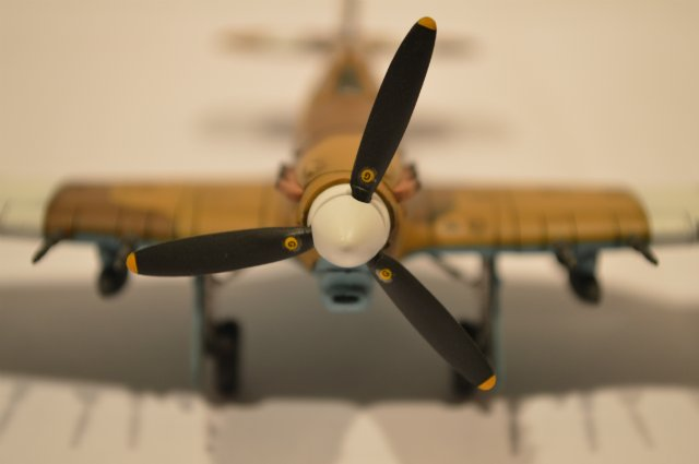 Hawker Hurricane МкIIc (Revell) 1/72 9c061e6d04a4