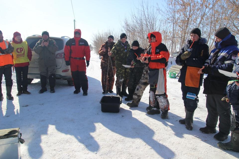 Первенство города Кургана по ловле на мормышку со льда среди юношей и девушек с 14 до 17 лет. A889a28009d2