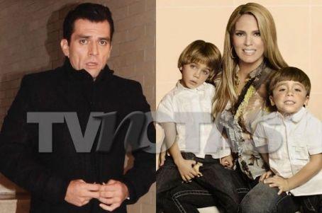 Jorge  Salinas/ხორხე  სალინასი 515319da1807