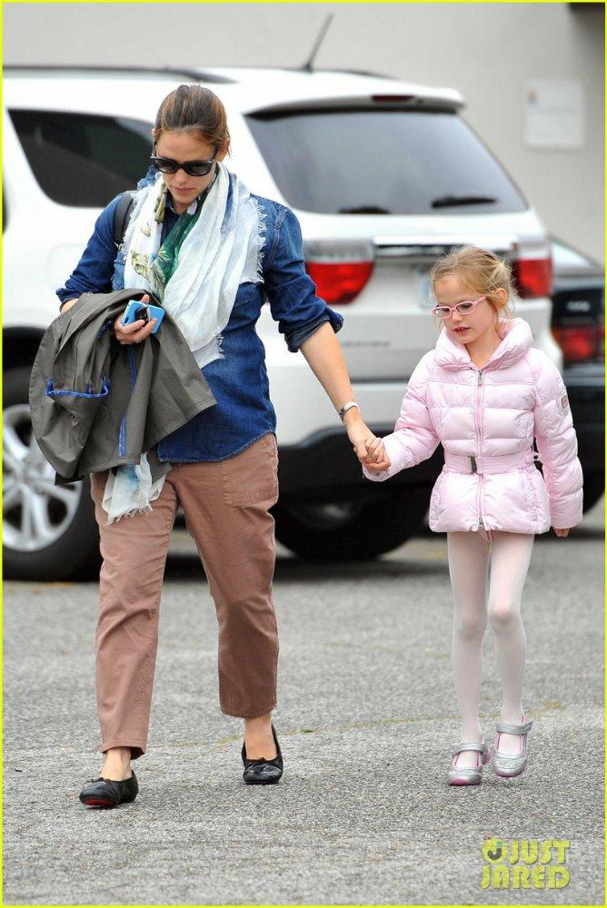 Ben Affleck and Jennifer Garner - Страница 3 184a5fd2a5f4