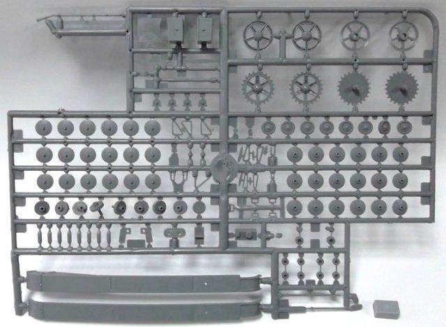 Обзор моделей танка Т-26 (и машин на его базе). 3247f68e98a1