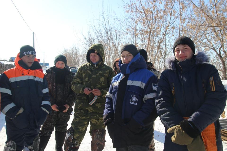 Первенство города Кургана по ловле на мормышку со льда среди юношей и девушек с 14 до 17 лет. 1f4fc22ef729