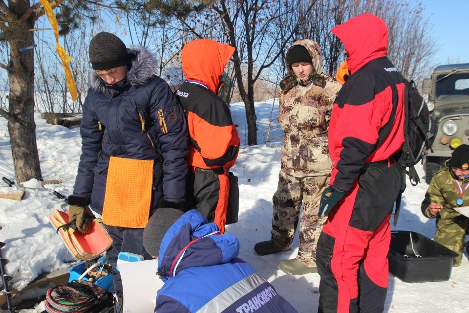 Первенство города Кургана по ловле на мормышку со льда среди юношей и девушек с 14 до 17 лет. 2362c4d17786