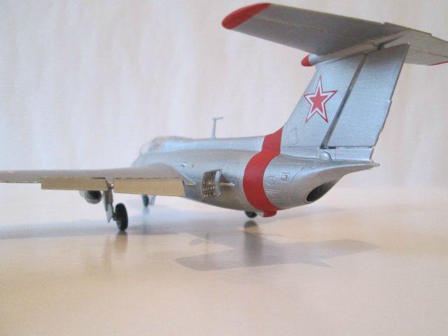 """Л-29 """"Дельфин""""  АМК 1/48 586032432462"""