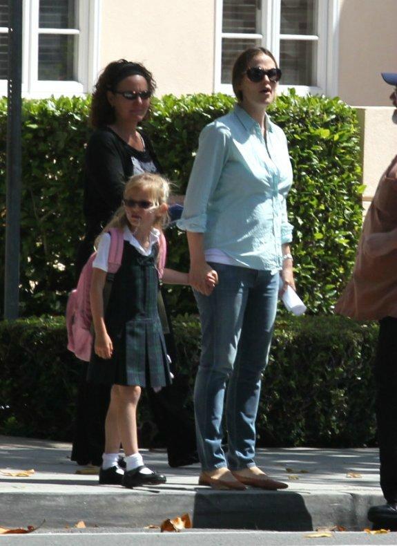 Ben Affleck and Jennifer Garner - Страница 6 81ee7d01c408
