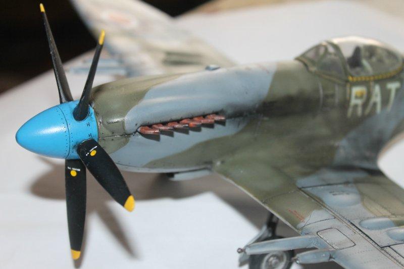 Supermarine Spitfire Mk. 22 Revell. 1/32 A5e4e4367df0