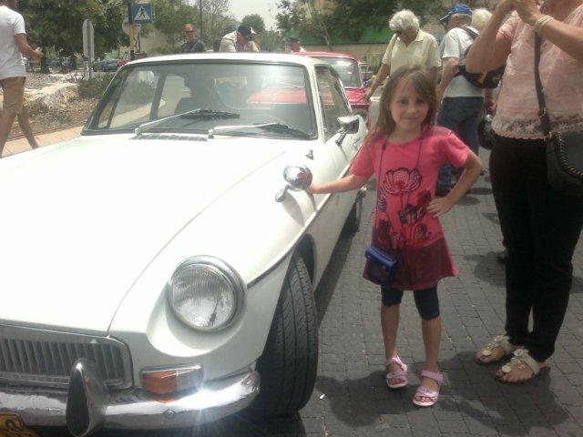 Выставка старых машин в кармиэле 0a888ea0ceb0
