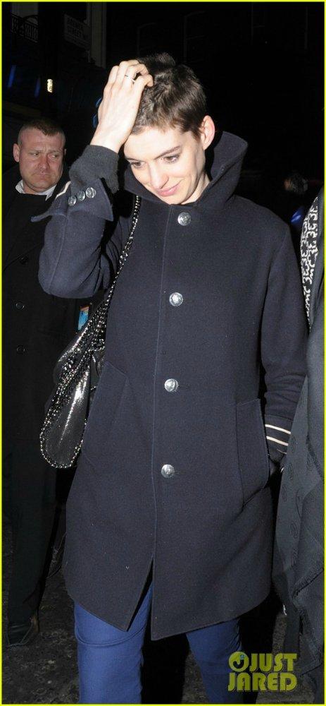 Anne Hathaway/Энн Хэтэуэй 6d6b83dfa906
