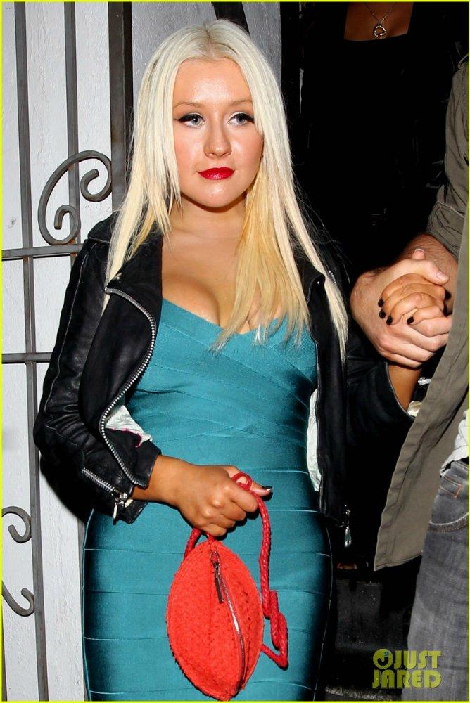 Christina Aguilera  - Страница 3 2b445b1e6ee9