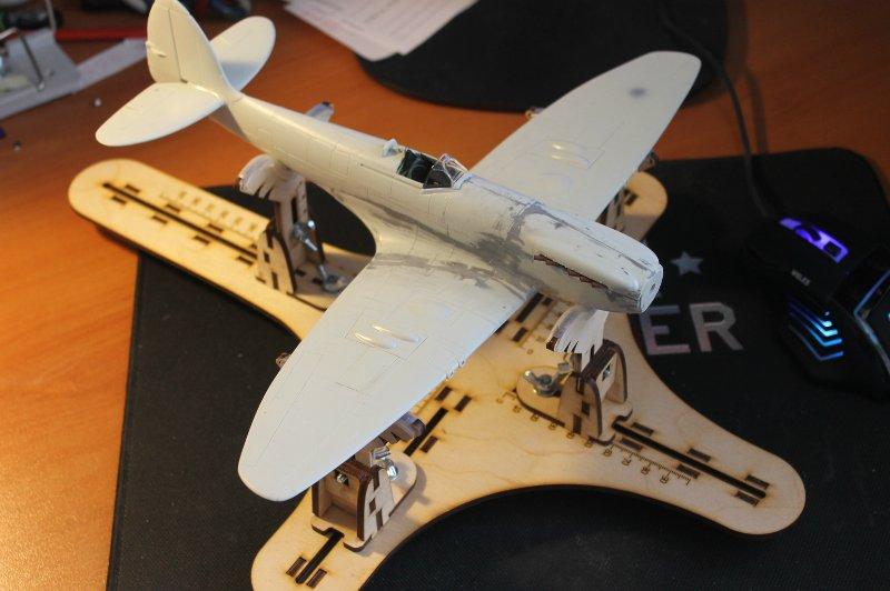 Supermarine Spitfire Mk. 22 Revell. 1/32 Ec67153c1ede