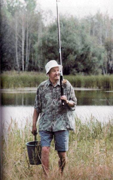 Знаменитости на рыбалке (в стадии добавления) 99fa575cf97c