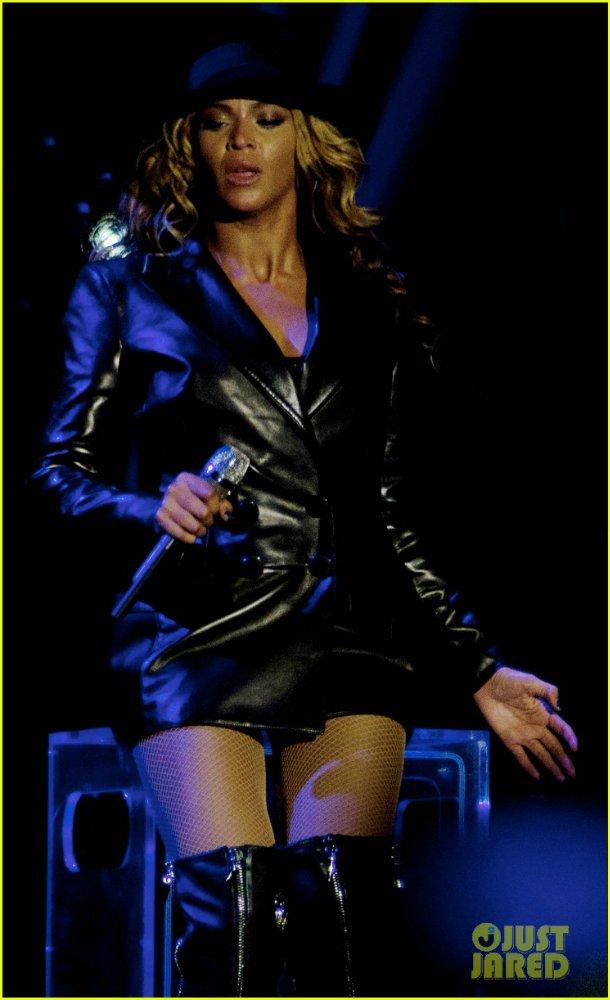 Beyoncé - Страница 8 Ca775883dfb6