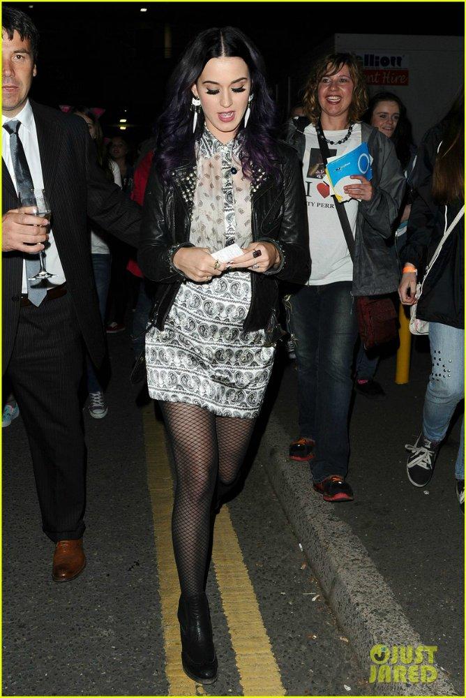 Katy Perry   Кэтти Перри - Страница 5 Eb12c093b61f