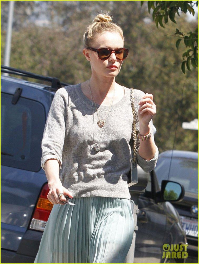 Kate Bosworth  2b0bfe4f5ede