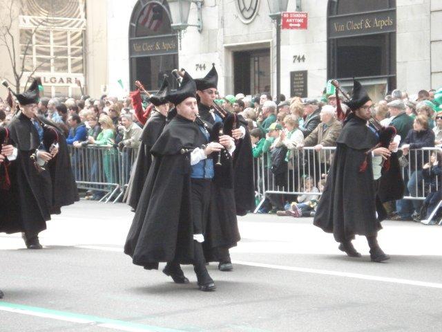 Нью-Йорк. День поголовного сумашедствия. День святого Патрика Eda72a2aa503
