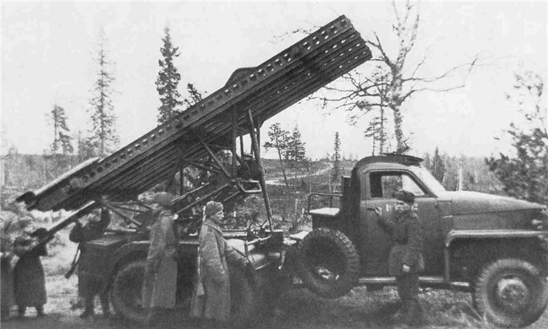 Катюша БМ-13-16Н на Студебекере, 1/35, (Моделист 303548). A220f7068451