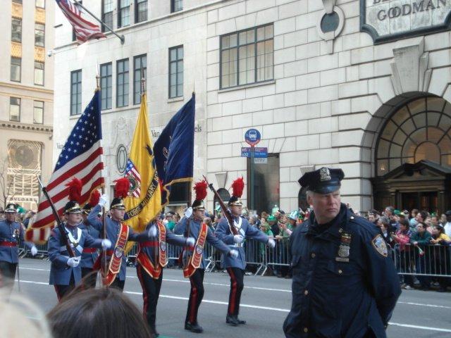 Нью-Йорк. День поголовного сумашедствия. День святого Патрика 7b1a4ca470f7