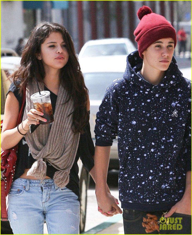 Selena Gomez   Селена Гомес - Страница 3 17ab32ed9eda