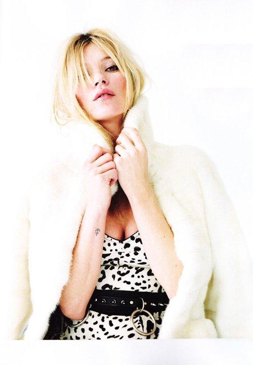 Kate Moss - Страница 3 E9f8f4f52a07