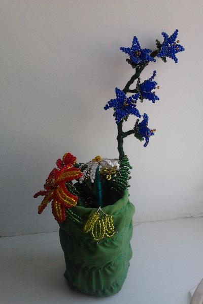 Цветы из бисера 9bad9797d0dc