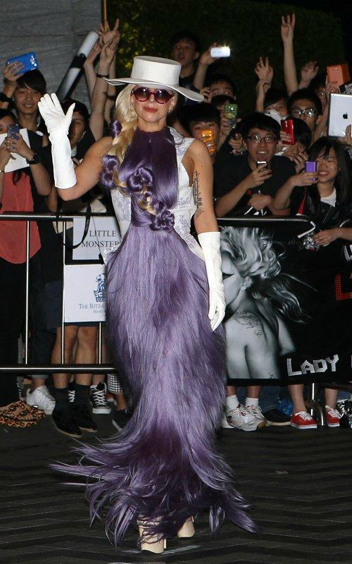 Lady GaGa  - Страница 2 6b5dc407dc4e