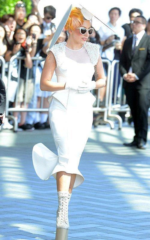 Lady GaGa  - Страница 2 E05a83eabd61