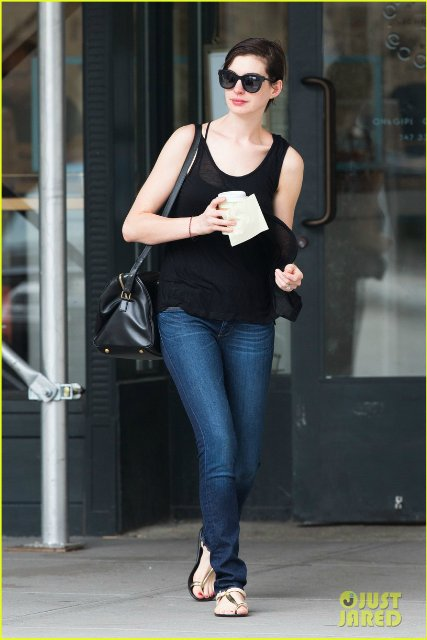 Anne Hathaway/Энн Хэтэуэй - Страница 9 Cad9d6554c12