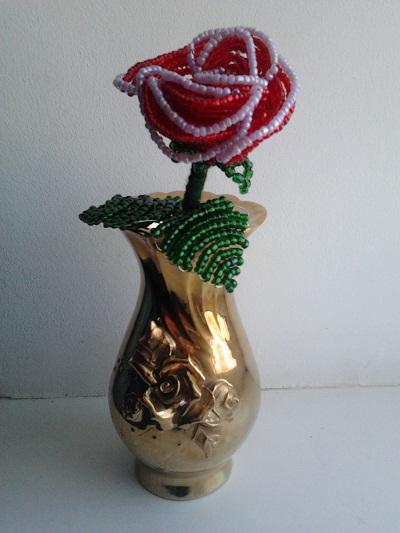 Цветы из бисера 3d4dda572013