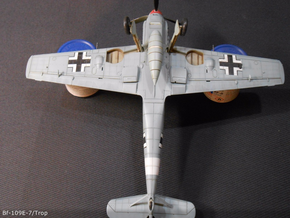 Bf 109 E7/Trop Tamiya 1:48 Bfac3fd903fa