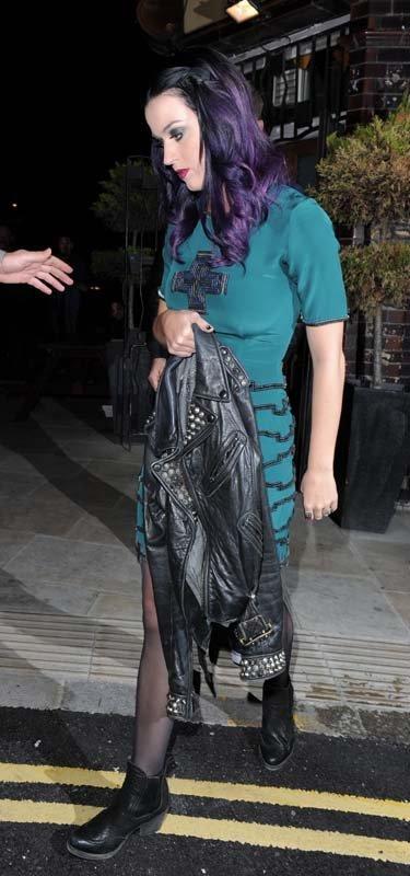 Katy Perry   Кэтти Перри - Страница 5 2532f08de6f8