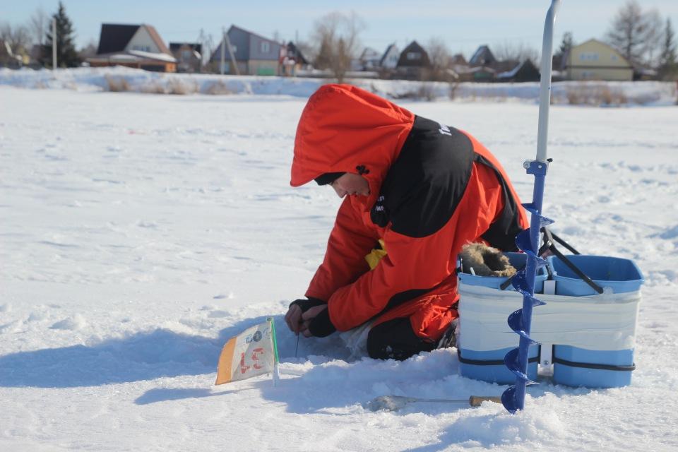 Первенство города Кургана по ловле на мормышку со льда среди юношей и девушек с 14 до 17 лет. F6fd563b295f