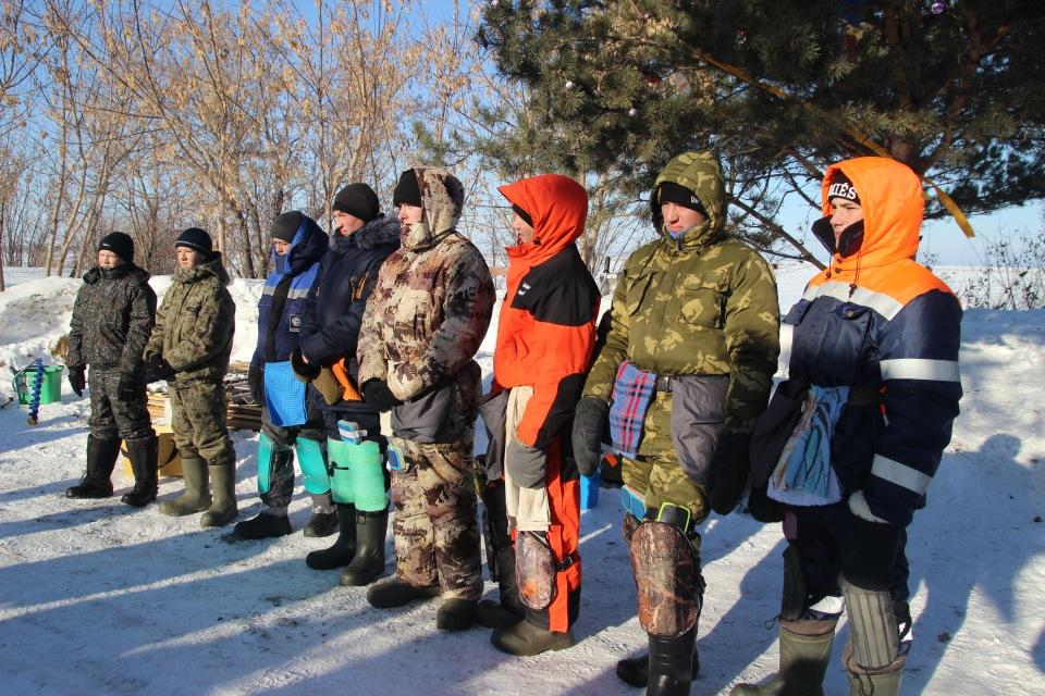 Первенство города Кургана по ловле на мормышку со льда среди юношей и девушек с 14 до 17 лет. 71a3ac26746c