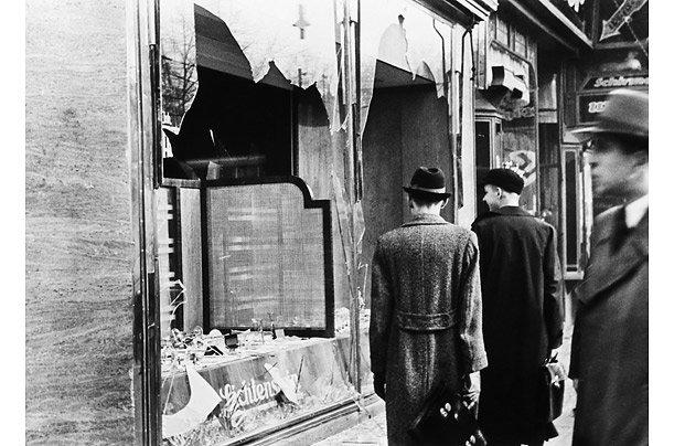 Холокост - трагедия европейских евреев - Страница 3 C275c5ee04f3