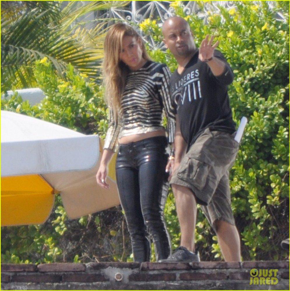 Дженнифер Лопес/ Jennifer Lopez - Страница 3 59718a534b3b