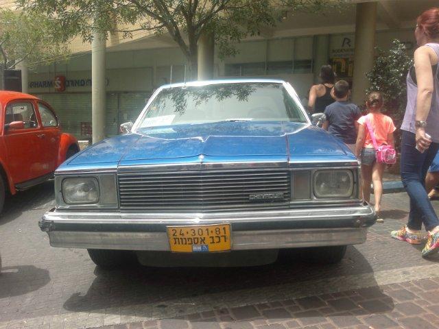 Выставка старых машин в кармиэле Bbe4b4bec31f
