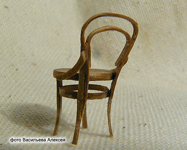 Старый венский стул масштаб 1:35 Fbcbcce4e0fe