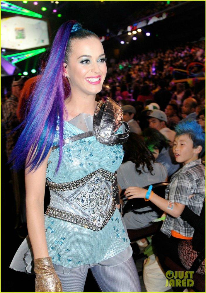 Katy Perry | Кэтти Перри - Страница 4 0ee12ad109f8