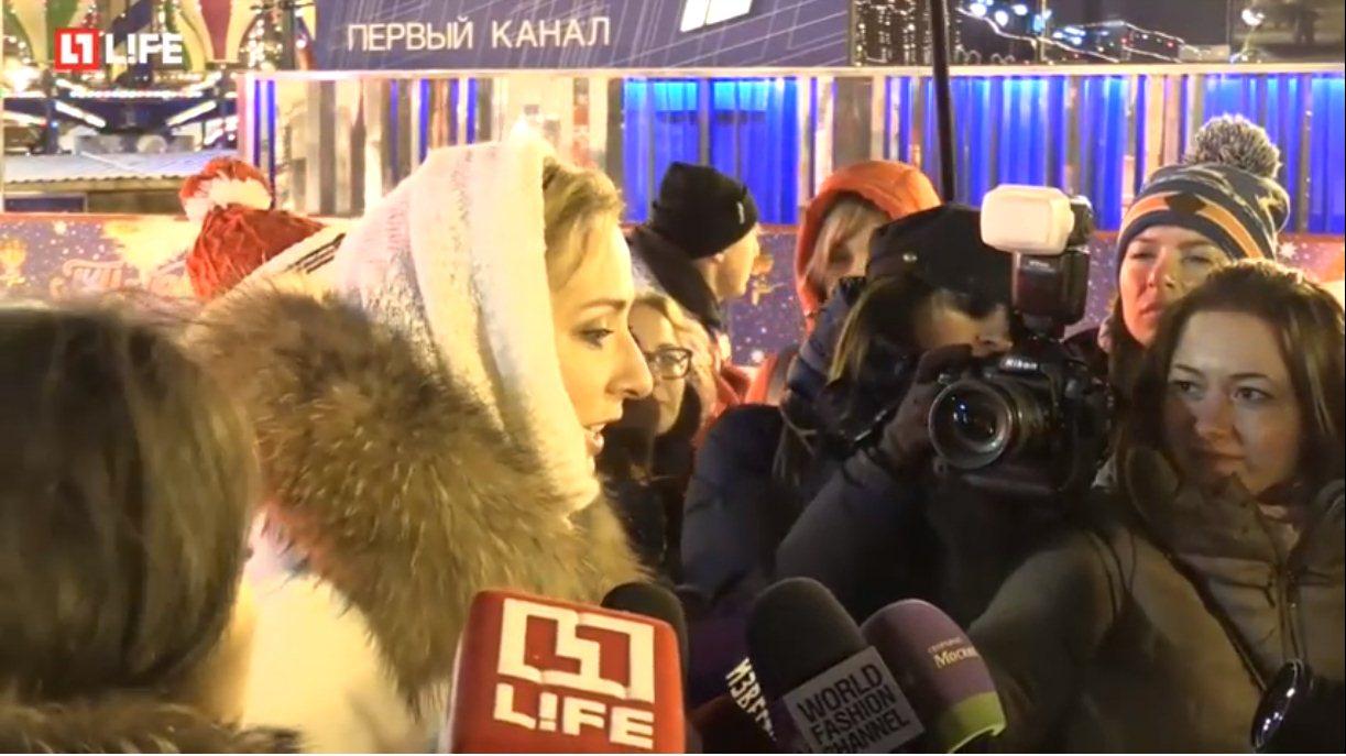 Открытие ГУМ-катка на Красной площади A1f88782f61a