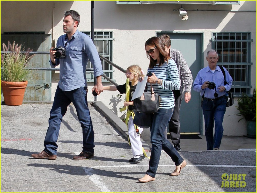 Ben Affleck and Jennifer Garner - Страница 5 9ef14e0c9616