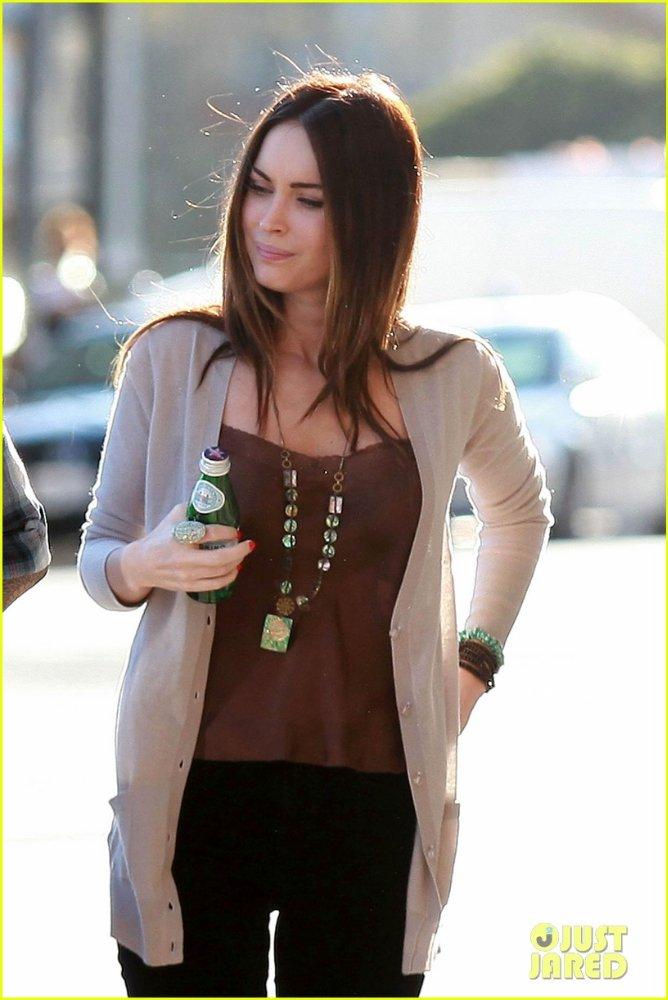 Megan Fox - Страница 5 39cdafd76056