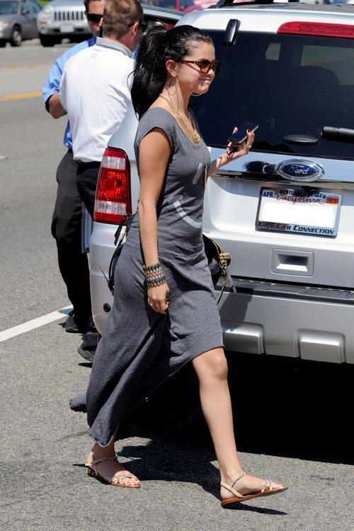 Selena Gomez | Селена Гомес - Страница 4 E9a0939b15f5