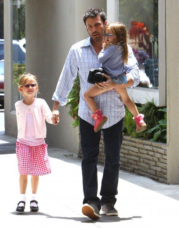 Ben Affleck and Jennifer Garner - Страница 6 Fc7f87146f5a