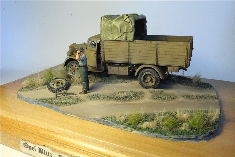 Italeri 216 Opel Blitz German truck 3 (t) Type S 1:35 D13555f92b0c